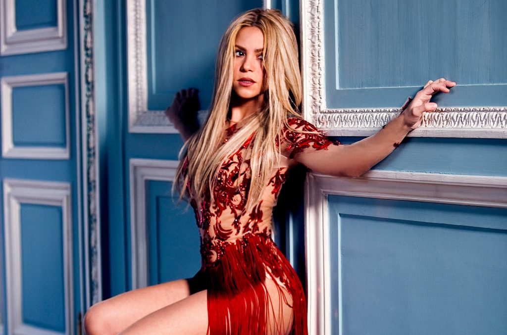 Shakira-press-cr-Gomillion-Leupold-billboard-1548